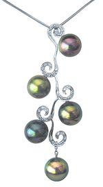 Alfille-pearl-pendant